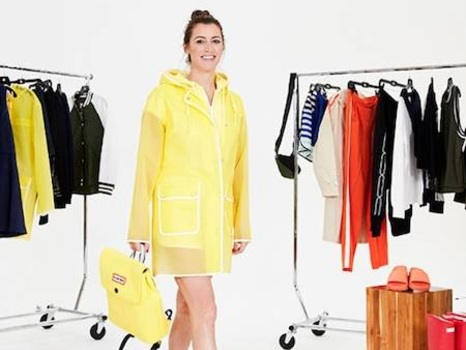 Stylish Spring Outfits You Can Wear With Rain Boots and Other Cute Outdoor Gear