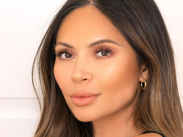 Marianna Hewitt Is Making Peace With Her Acne In Quarantine