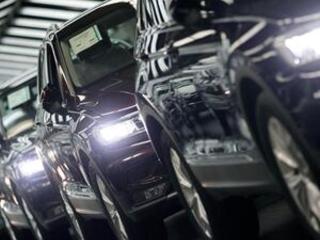 EU warns of reduced imports if Trump puts tariffs on cars