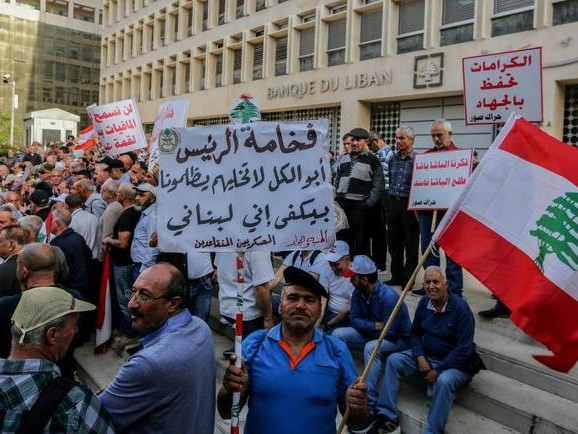 """Lebanon Lost $10BNIn Bank Deposits Since August; BondYields Soar Past 100% Into """"Venezuela Territory"""""""