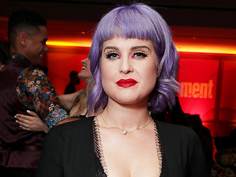 Kelly Osbourne Reveals Her Fears About Hosting The Emmys Pre-Show After Getting Sober