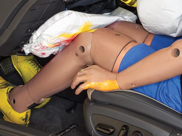 Knee airbags show little benefit