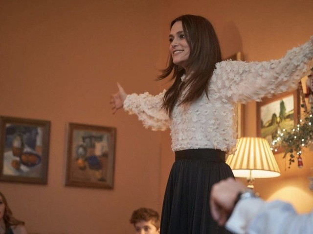"""How Keira Knightley Explored """"Maternal Catastrophe"""" In Camille Griffin's 'Silent Night' – TIFF Studio"""