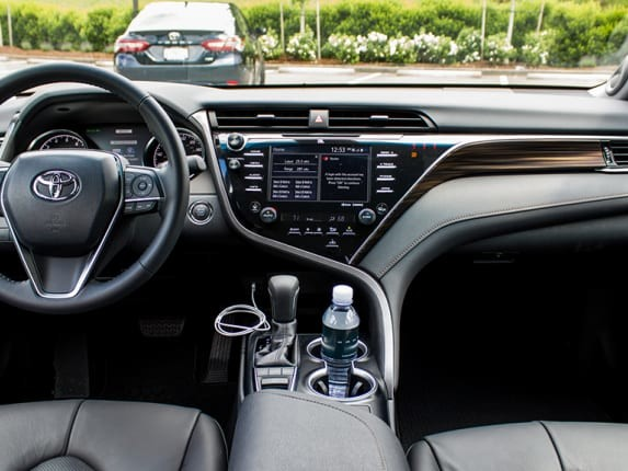 2018 Toyota Camry, Camry Hybrid Gain Big MPG for 2018