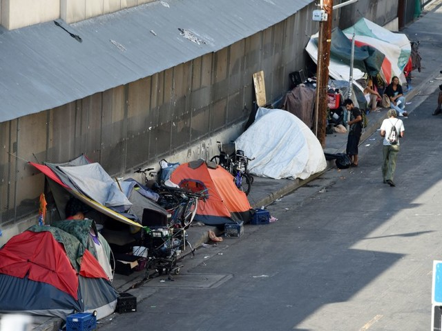 Legal Minds Clash On How To Fix The Homeless Crisis On LA's Skid Row