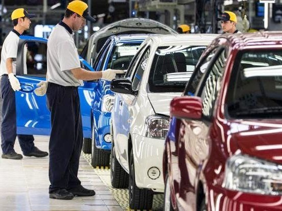 Brazilian Car Production Plunge Sparks Widespread Cutback In Work-Hours