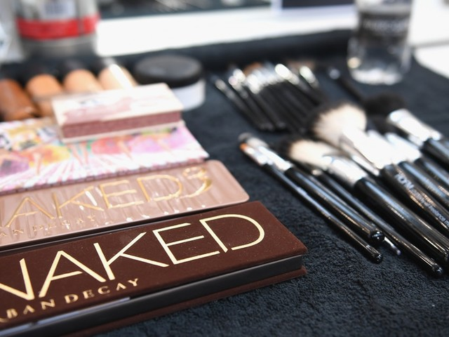 Urban Decay's Friends & Fanatics Sale Is Happening, But It Will Be Over Before You Know It