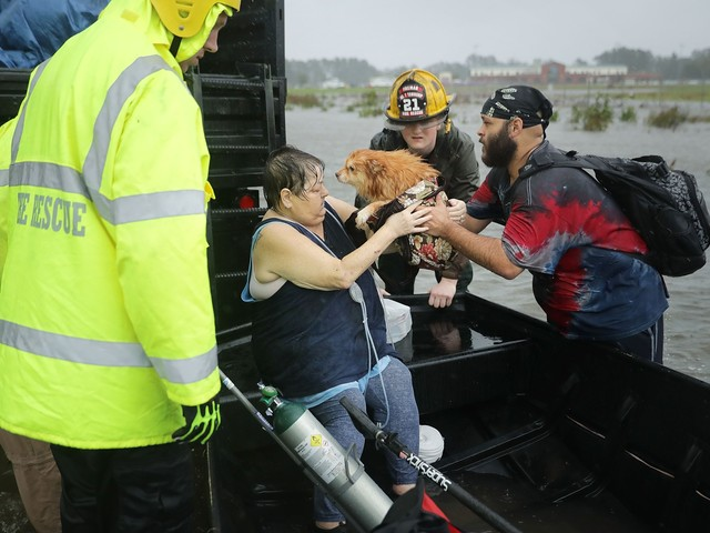 Rescuers Scramble as Hurricane Florence Makes Landfall
