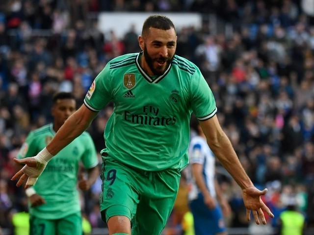 Real Madrid Cruise Past Espanyol In La Liga As Benzema Delivers Again