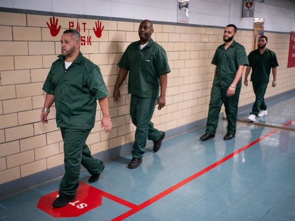 New Generation Of Starbucks Baristas Being Trained On Rikers Island