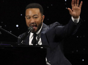 John Legend Makes Us 'Feel Good' At Biden's Inauguration + Chrissy Teigen Is Extra Hype The POTUS Twitter Account Follows Her Again