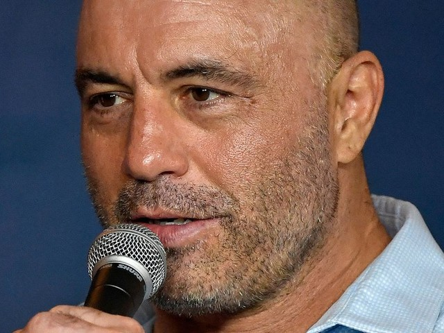Rogan: McGregor is fighting at 170 because he 'tortured himself' to get down to 145