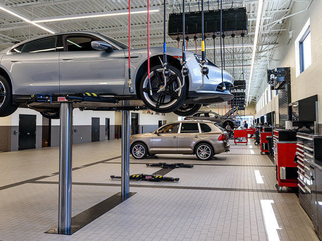 Porsche Opens Its First Stand-Alone Service Center In The USA