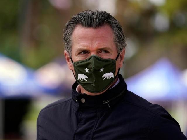 Cal/OSHA's workplace mask rules make no sense
