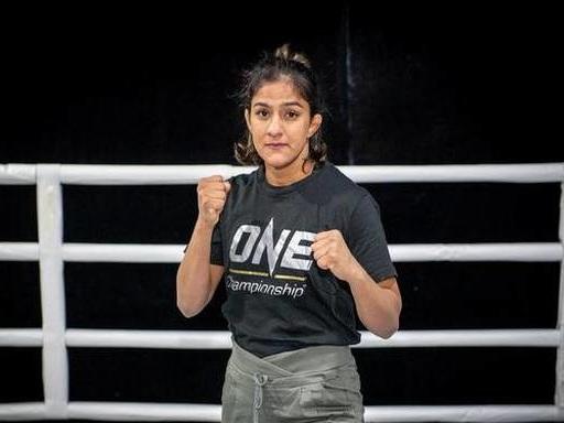 Grand MMA debut for Ritu Phogat