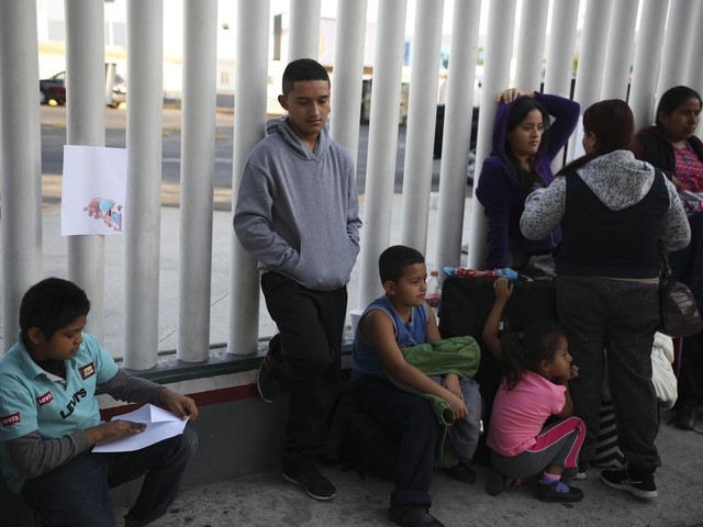 Trump official says asylum changes will drive down backlog