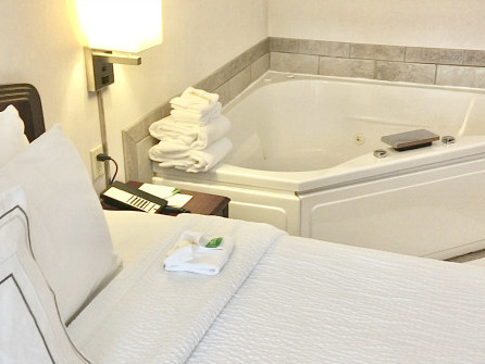 Mar 17, Toronto Hot Tub Suites - Private Hotel Room Spa Tubs in Toronto ON