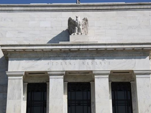 """Peter Schiff: The Fed Is Running A """"No Stick"""" Monetary Policy"""