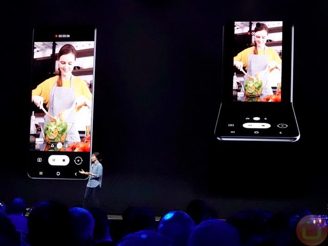 Samsung New Vertical Folding Phone Design