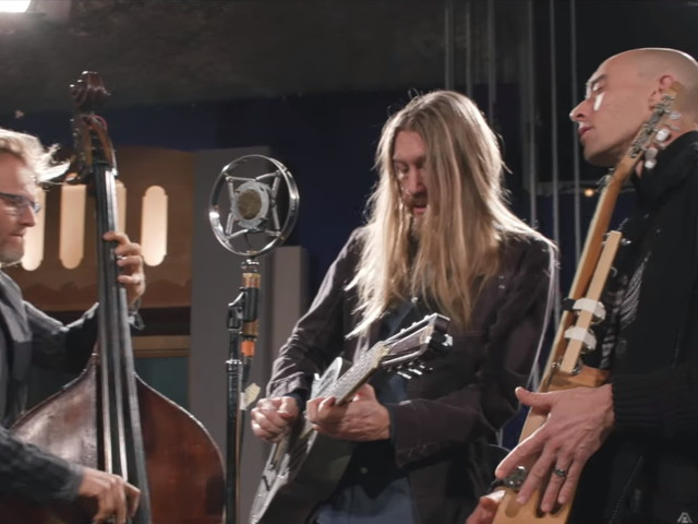 The Wood Brothers Perform 'Alabaster' For '909 Sessions': Pro-Shot Video