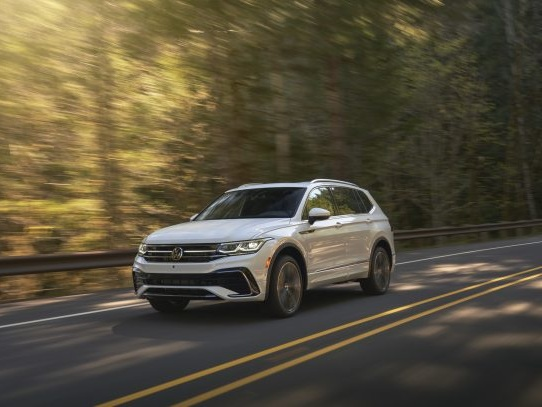 2022 Volkswagen Tiguan: Digital is the Name of the Interior Game
