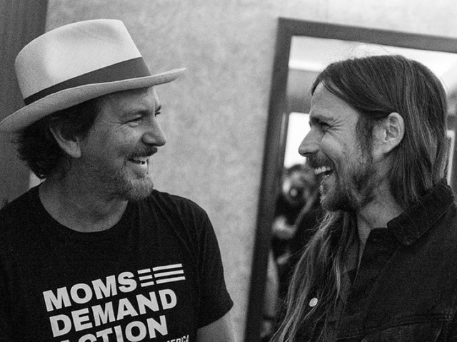 Eddie Vedder Guests With The Strokes, Red Hot Chili Peppers & Lukas Nelson And Promise Of The Real At Ohana
