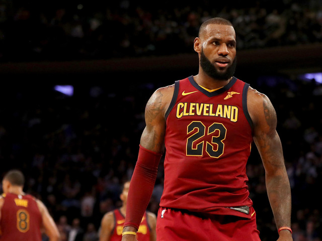James, Korver Lead 4th Quarter Comeback As Cavaliers Top Knicks For 8th Straight Win At The Garden