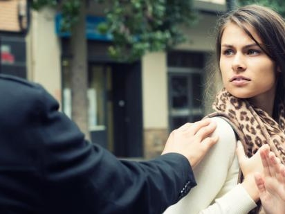 5 Reasons Dating A Sociopath Is So Confusing & Crazy-Making