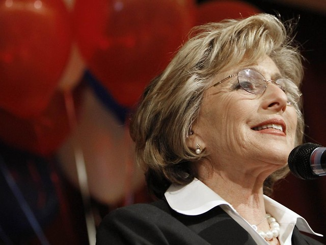 Barbara Boxer assaulted, robbed in California