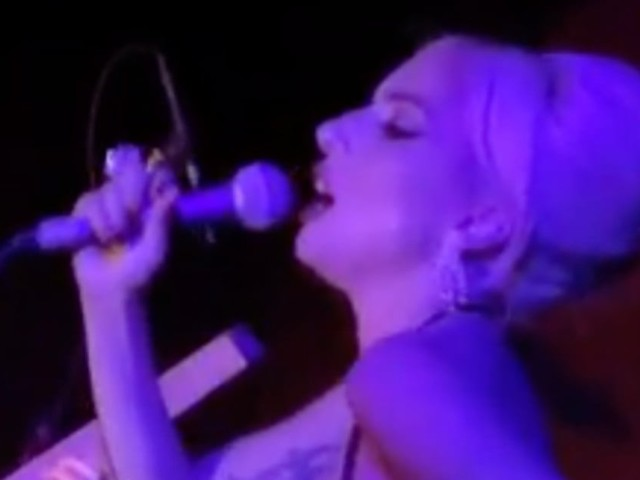 Fly Me to the Moon! Lady Gaga Surprises Fans at a Lounge With a Frank Sinatra Performance