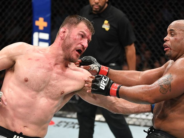 Miocic vs Cormier 2 fight highlights from UFC 241