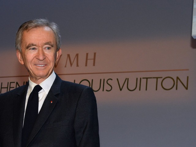 Bernard Arnault just became the 2nd-richest person in the world. These 5 mind-blowing facts show just how quickly the French billionaire's fortune is growing.