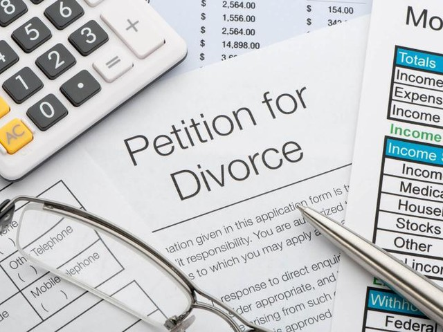 How Do I Get a Divorce With No Money?