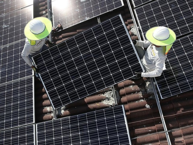 Power Line: Shady solar ads — Oil's swift recovery — Pro-tips for energy investing