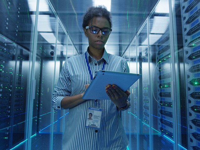 How to become an IT specialist with an information technology BS or MS