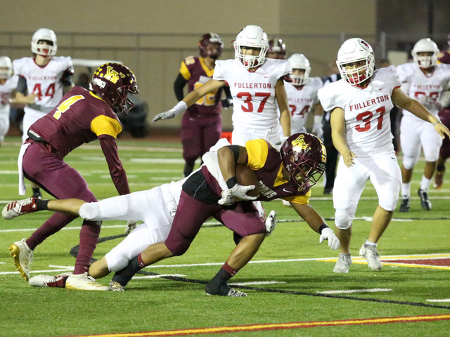 Pettway near perfect as Wilson football advances, hammers Fullerton