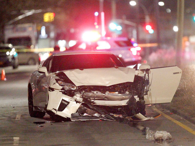 One woman dead, another critical in East Flatbush car accident: cops