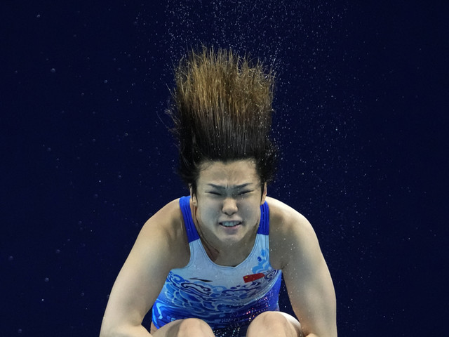 China goes 1-2 in prelims of women's springboard diving