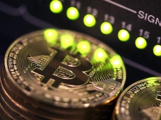 Bitcoin's growing on Jamie Dimon