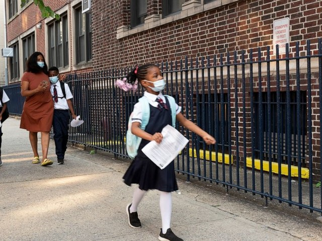 New York City to conduct weekly COVID-19 tests in schools
