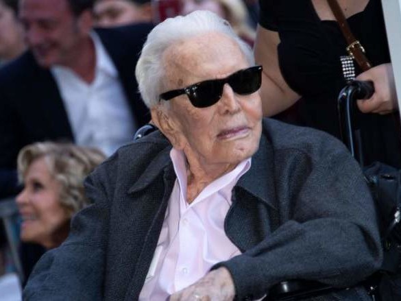 Kirk Douglas Net Worth: 5 Fast Facts You Need to Know