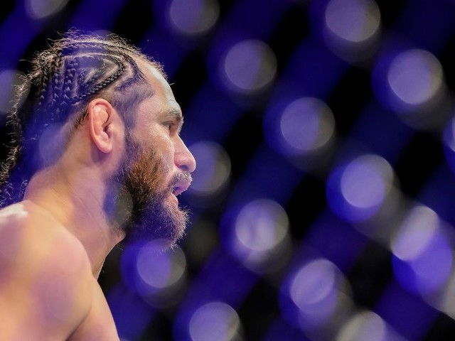 Report: Masvidal eyeing fall return against Nick Diaz or Covington