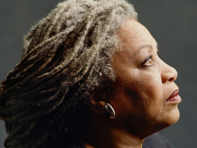 Toni Morrison celebrated: She 'opened the door and she turned on the lights'