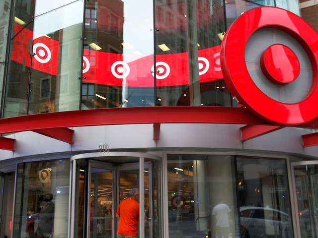 Target execs explain how the company's $7 billion gamble on stores has paid off (TGT)