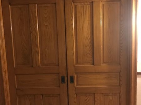Old Wood Doors For Sale - Antiques Pickers Collection