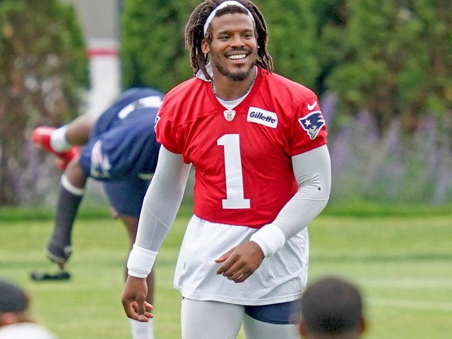 Stop it! Cam is best option for Patriots this season