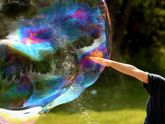 The number of unprofitable companies going public has hit 'tech bubble levels,' BAML says
