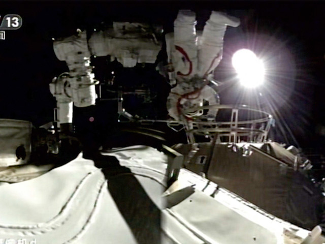 Chinese astronauts make first space walk outside new station
