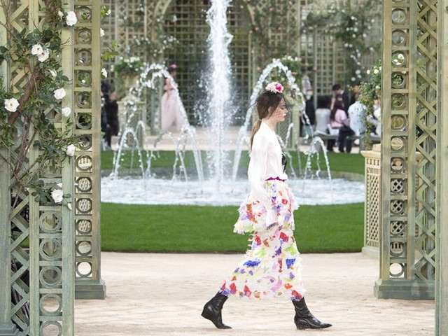 Chanel takes a pretty-in-pink walk in the park at Paris haute couture show