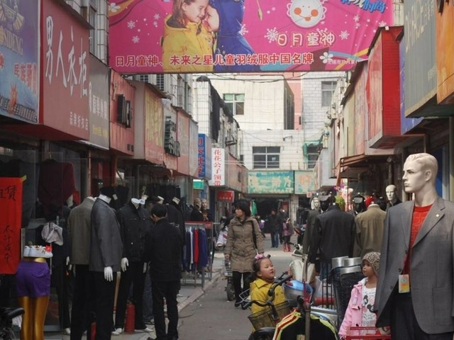 Chinese recovery slows down: Retail sales disappointment hits global markets